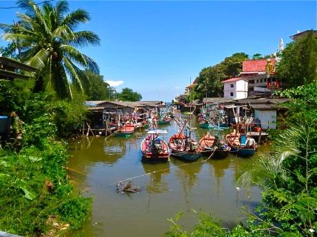 Wat Khao Tao, Hua Hin, Thailand
